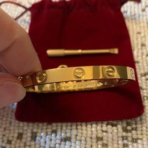 Cartier love bracelet size 18